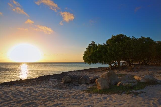 Aruba eagle beach sunset
