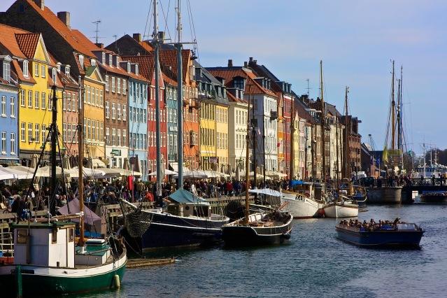 top things to do in copenhagen nyhavn