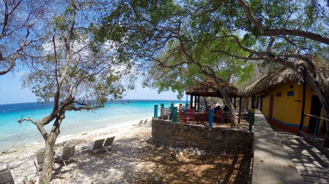 curacao-playa-kalki-cafe
