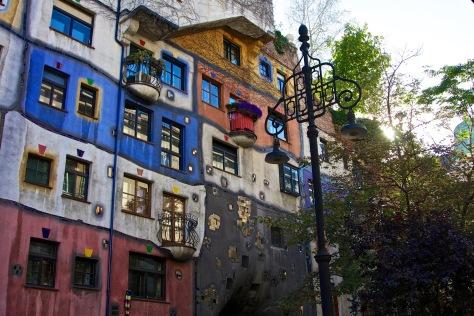vienna hundertwasser building