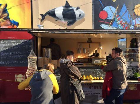 hamburg reeperbahn spielbudenplatz street food trucks