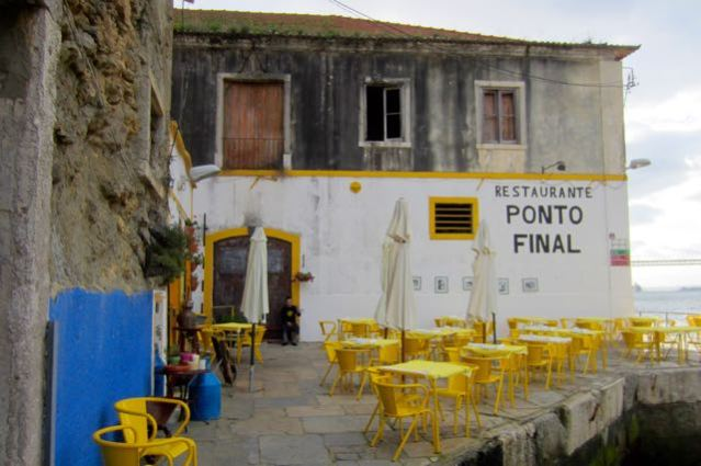 Waterfront restaurant Ponto Final in Cacilhas