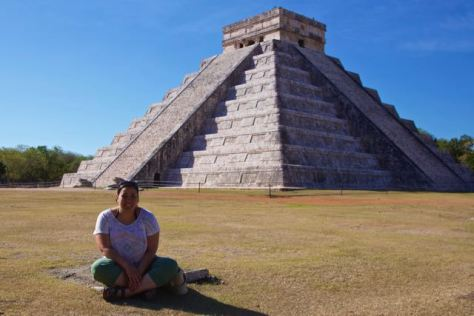 mexico chichen itza el castillo The Pyramid of Kukulcan no crowds