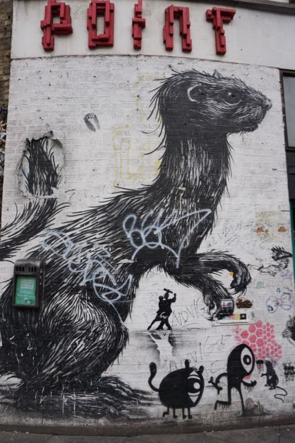 street art in london roa old street