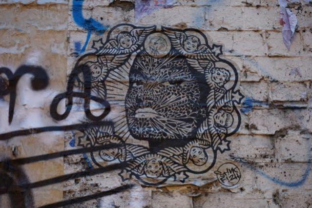 street art in london stinkfish brick lane