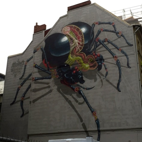streetart in hamburg spider by nychos