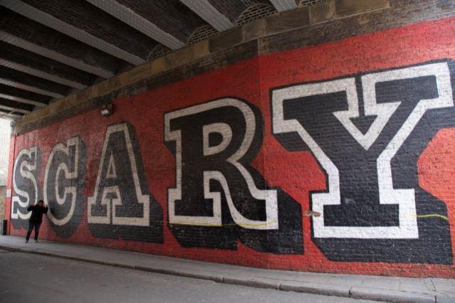 street art in london ben eine rivington street