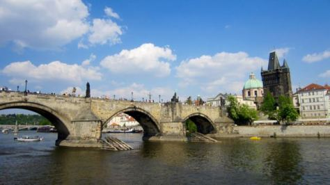 things to do in prague charles bridge