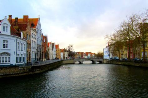 top things to do in bruges stroll around canals