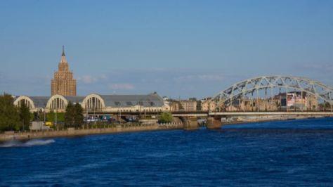 3 days in Riga Latvia - Things to do - Central Market - Daugava River