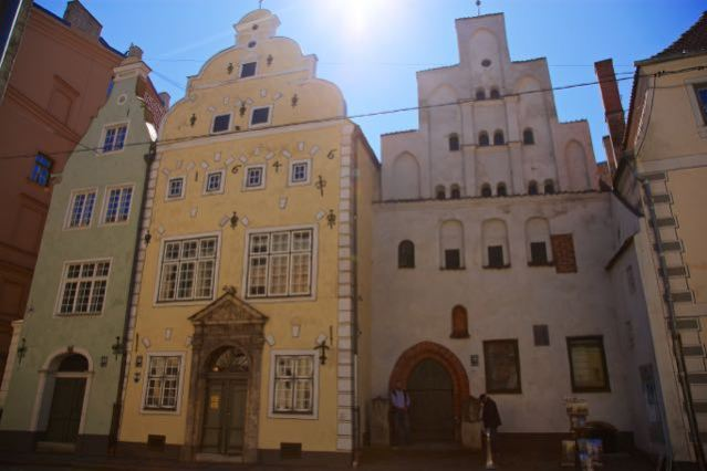 3 days in Riga Latvia - Things to do - Old Town - Three Brothers
