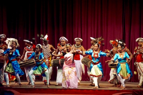 2 days in Kandy Central Province of Sri Lanka - Traditional Fire and Dance show