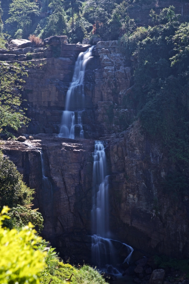 2 days in Nuwara Eliya Hill Country Sri Lanka - Rombada Falls